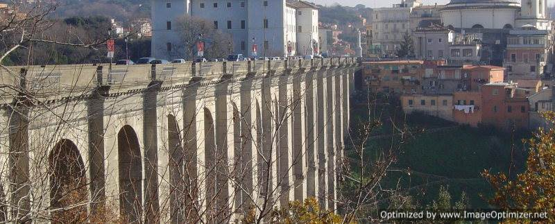 Una 25enne romana si uccide gettandosi dal ponte di Ariccia
