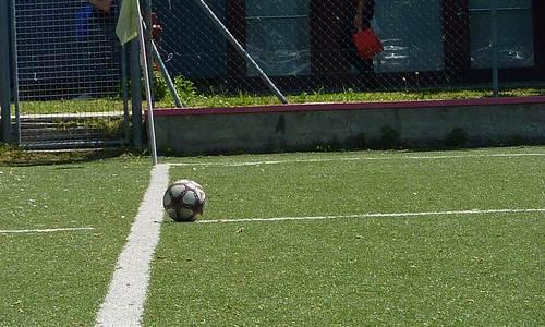 Calcio, le categorie minori invocano gli extracomunitari in campo