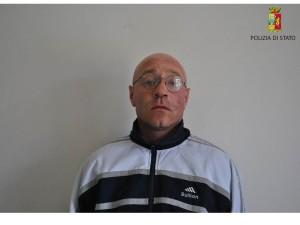 Rapinatore arrestato