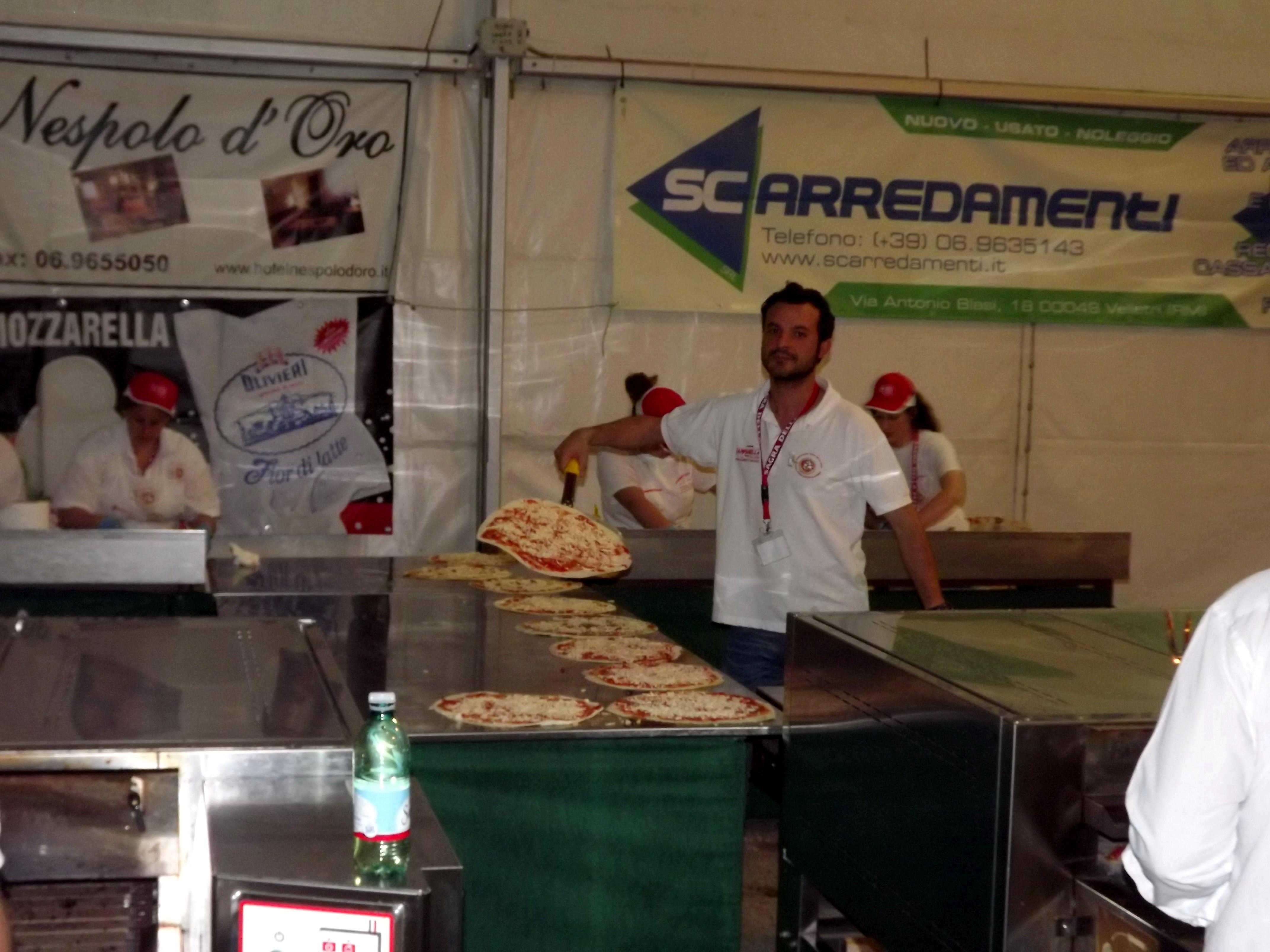 sagra della pizza lariano