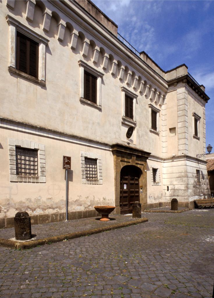 palazzo vescovile frascati