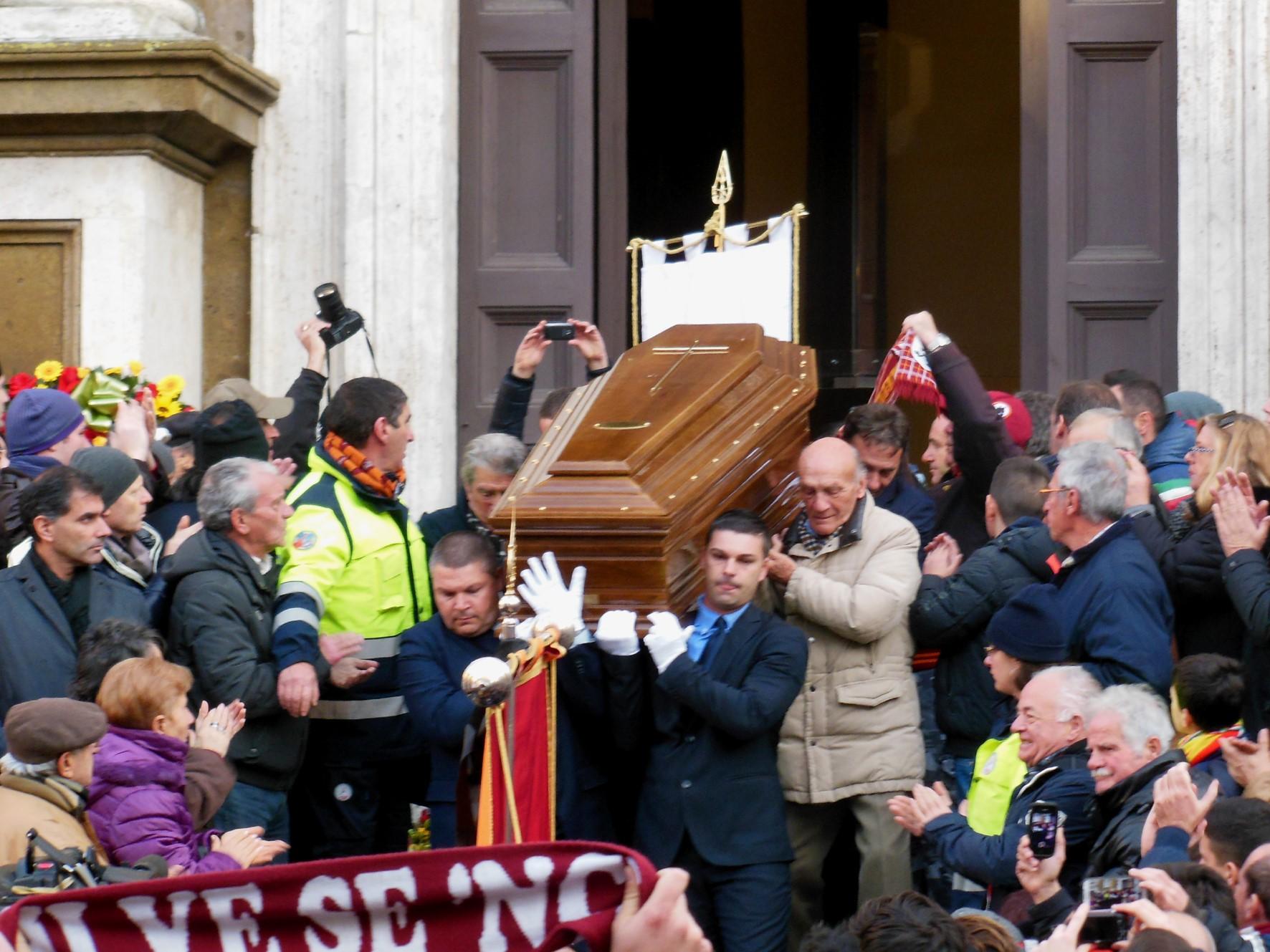 Funerali Amadeo Amadei