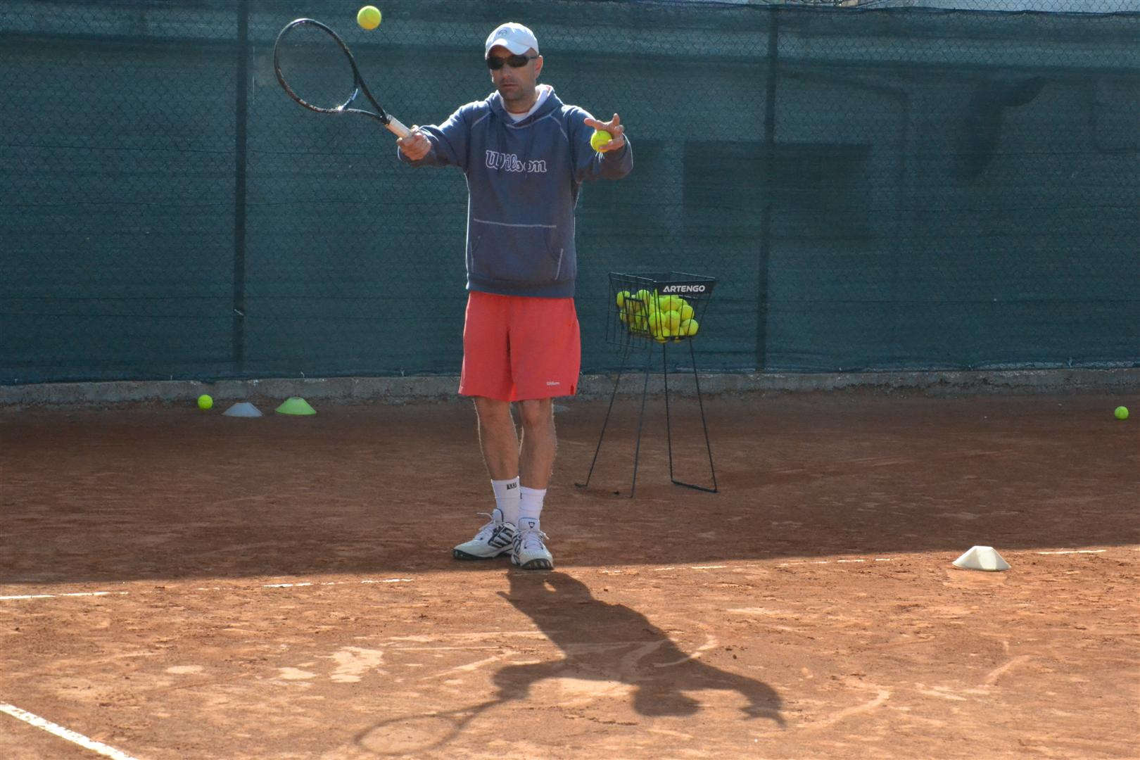 il responsabile del settore tennis del tc new country club di frascati matteo marte