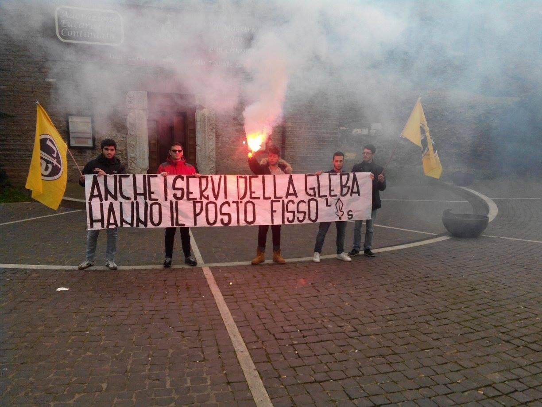 azione_ad_albanolaziale_in_piazza_san_pietro_di_lotta_studentesca