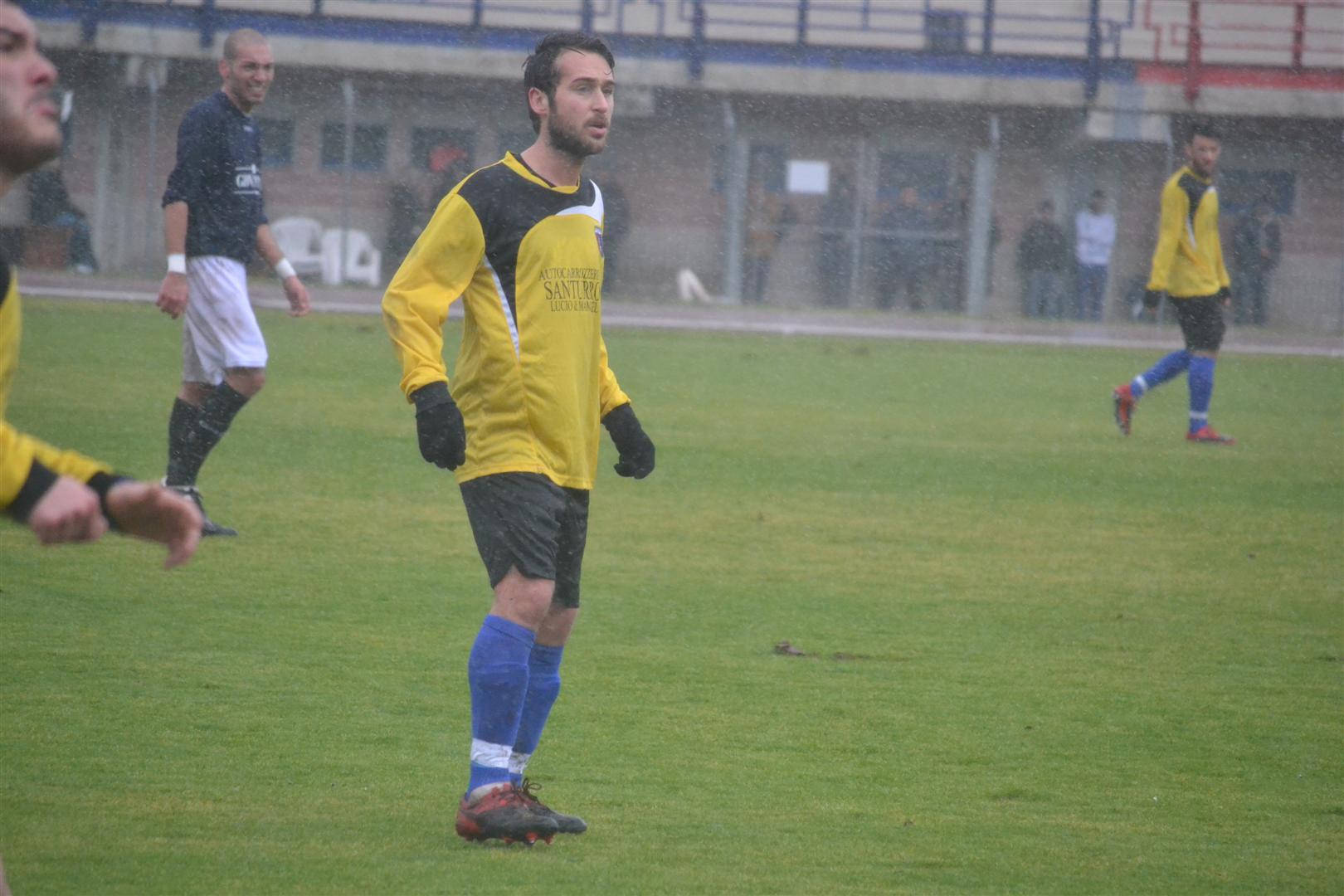 luca de Paolis centrocampista rocca priora promozione