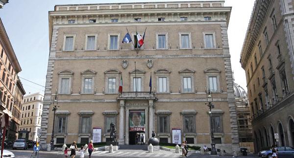 Andrea Volpi lascia Forza Italia per aderire a Fdi-An, polemica Silvestroni Palozzi
