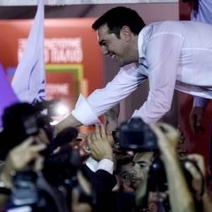 tsipras_festeggia_vittoria_elezioni_20_settembre_2015_foto_afp_repubblica