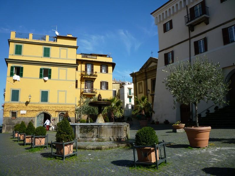 frascati_piazza-san-rocco