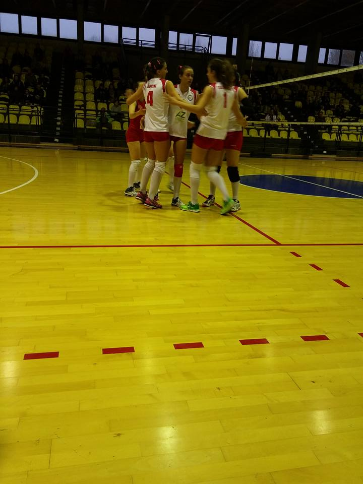 esultanza_ragazze_volley_club_frascati