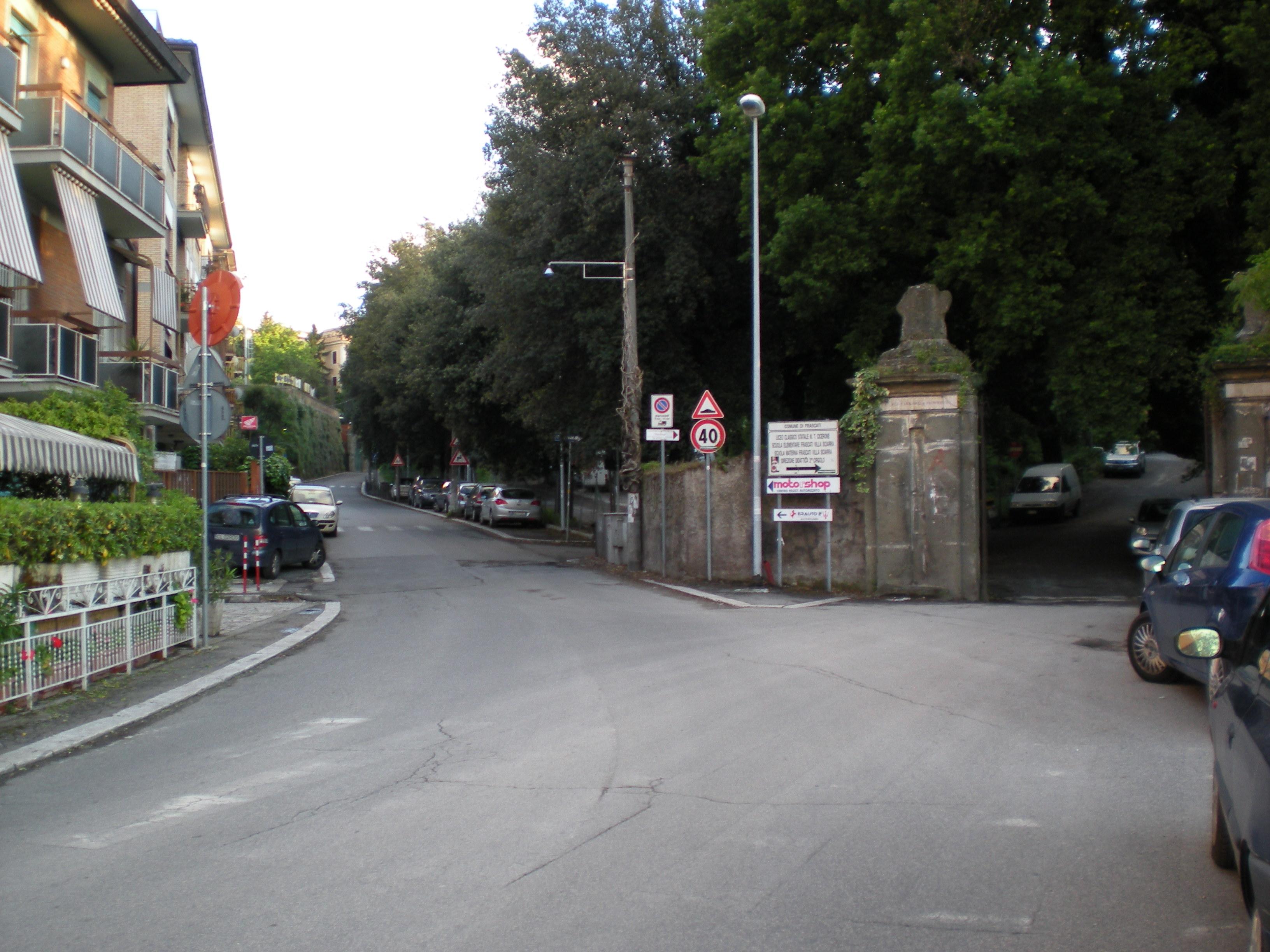 frascati_ingresso_villa_sciarra