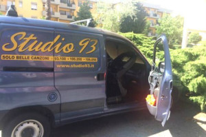 furgone_radio_studio_93