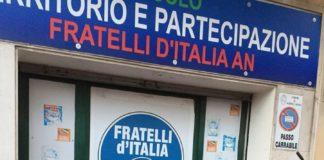 atto_vandalico_sede_fdi_albano