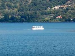 barca_lago_albano