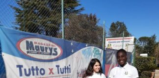 u_16_f_due ragazze_new_country_tennis