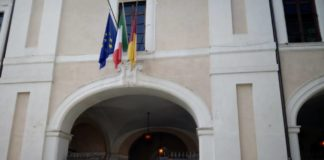 omaggio_marini_caduti