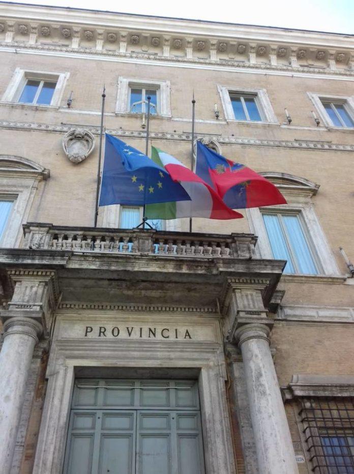 citta_metro_roma_ricorda_caduti_covdi