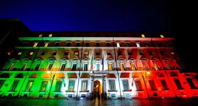 palazzo-chigi-tricolore