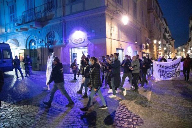 albano_protesta_dpcm_29_10